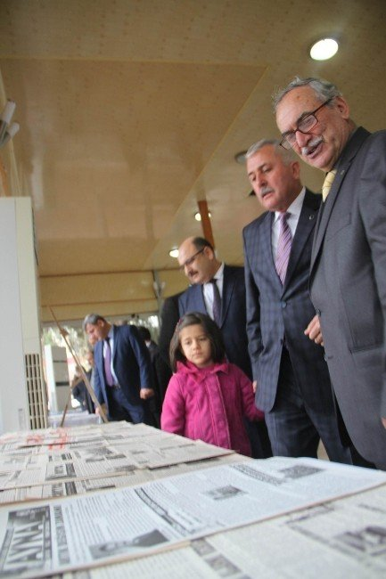 """Dörtyol'da """"Geçmişten Günümüze Basın"""" Sergisi Açıldı"""