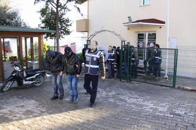 Çeşme'de İnsan Kaçakçılarına Bir Darbe Daha