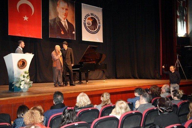 Piyanist Utku Asan, Kartallılar'ı Kendine Hayran Bıraktı
