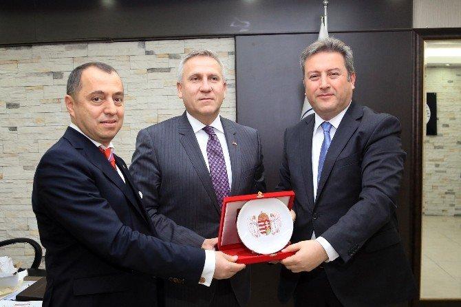 Macar Büyükelçi Gabor Kiss Talas'ta