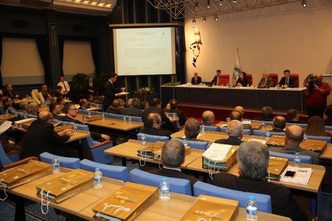 Büyükşehir Meclisi Yılın İlk Toplantısını Yaptı
