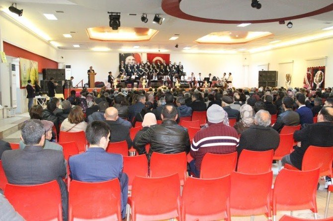 Sarıgöl Belediyesi Tsm Korosu Büyüledi