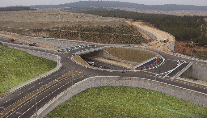 Şehirgösteren Köprülü Kavşak Trafiğe Açıldı