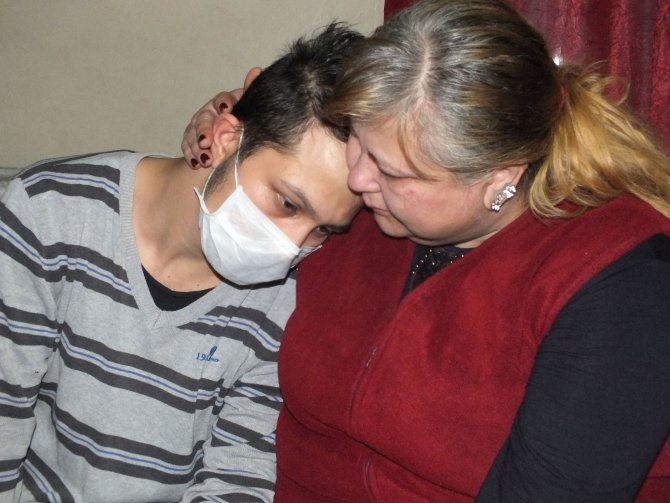 Doktorla tartışan lösemili gence hastane ambargosu