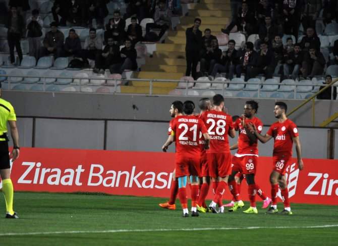 Antalyaspor: 1 – Tuzlaspor: 0