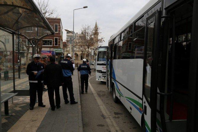 Zabıta, Şehiriçi Yolcu Taşımacılığı Yapan Araçları Denetledi