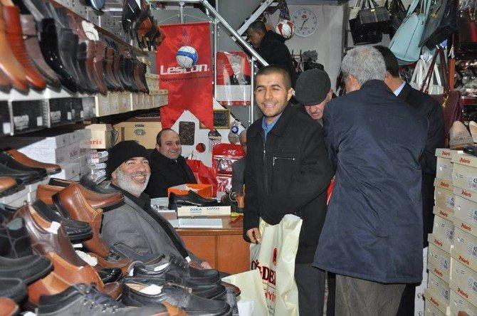 Kaymakamdan Engellilerle Alışveriş Yaptı