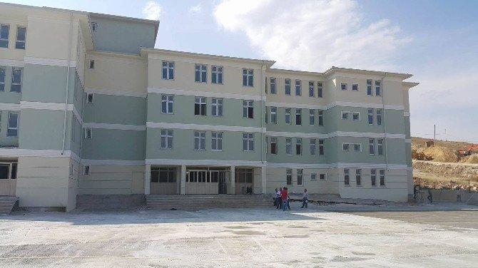 Bozüyük'te Yenidoğan Mahallesinin İkili Öğretim Çilesi Sona Eriyor