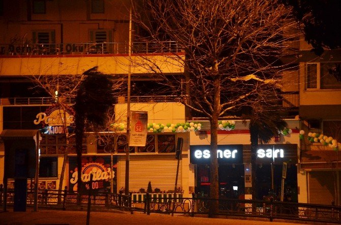 Lodos Bursa'yı Savurdu