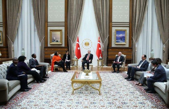Kenyalı Bakan Jibril, Cumhurbaşkanlığı Sarayı'nda