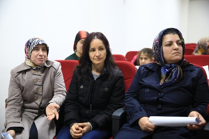 Abla, Ağabey, Kardeş Projesine Buca'da Yoğun İlgi