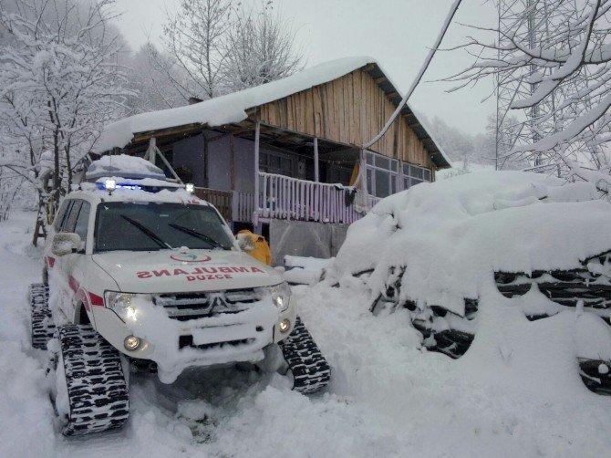 112 Ekipleri Kar Boyunca 110 Hastaya Ulaştı