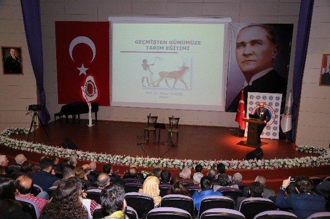 Rektörü Prof. Dr. Güvenç, Gaziosmanpaşa Üniversitesi'nde Konferans Verdi