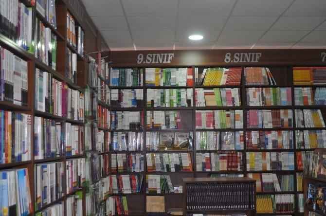 Sungurlu'nun İlk Kitabevi Açıldı