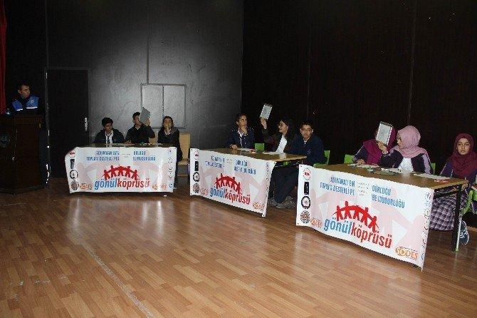 Liseler Arası Bilgi Yarışması Başladı
