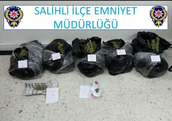 Salihli'de 11 Kilo Uyuşturucu Ele Geçirildi