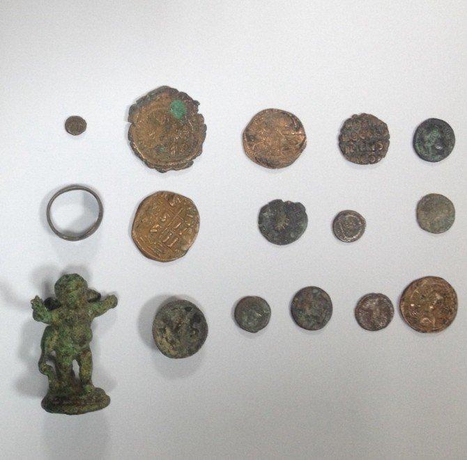 Salihli'de Tarihi Eser Operasyonu
