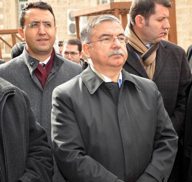 """Milli Savunma Bakanı Yılmaz: """"Terörün Kazanma Şansı Yok"""""""