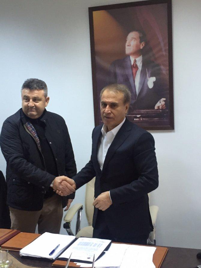 Mersin İdmanyurdu Nurullah Sağlam'a emanet