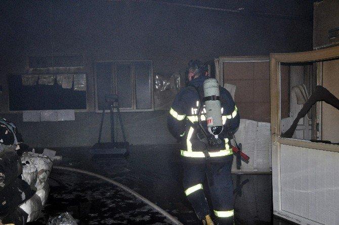 Tokat'ta Tekstil Fabrikasında Yangın