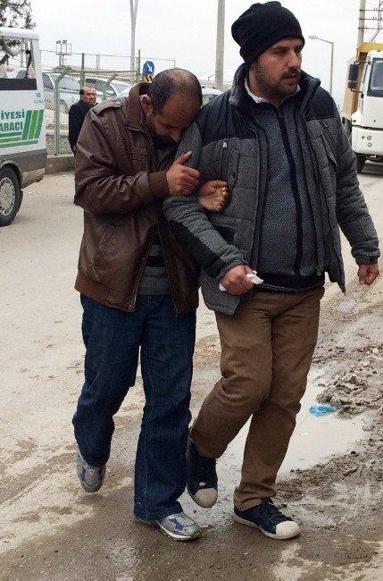 Zihinsel Engelli Oğlu, Ölen Babasının Başında 'Uyuyor' Diye 2 Gün Bekledi