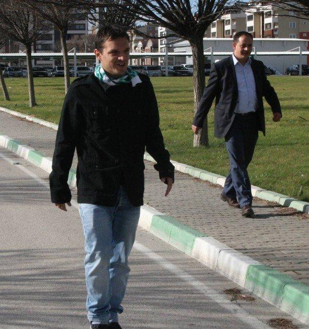 Batalla, Bursaspor Yönetimi İle Görüşmek İçin Özlüce'de