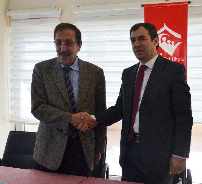 Aile Ve Sosyal Politikalar İl Müdürlüğü İle Palandöken Belediyesi Arasında Protokol İmzalandı