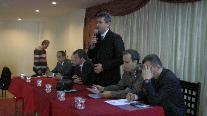 Akçakoca'da Şehiriçi Trafiğinin Rahatlatılması Konusunda Toplantı Gerçekleşti
