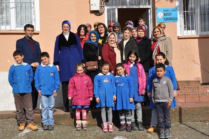Köy Öğrencilerini Sevindiren Yardım