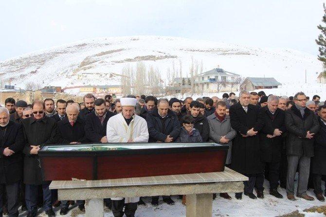 Milletvekili Yeneroğlu'nun Babası Son Yolculuğuna Uğurlandı