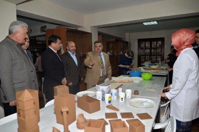 Başkan Yağcı, Osmanlı El Sanatları Merkezi'ni Ziyaret Etti