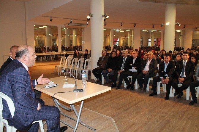 Büyükşehir Gençlik Merkezleri'nin Kalite Çıtasını Yükseltiyor