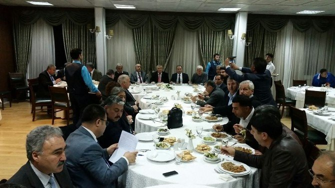 Adana Kardeş Kültür Dernekleri Topluluğu'nda Görev Değişimi