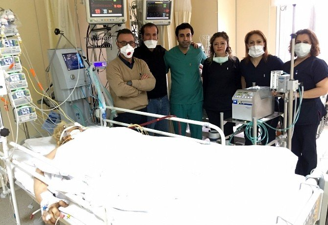 Domuz Gribi Olan Hasta, Yapay Akciğer İle Hayata Döndü