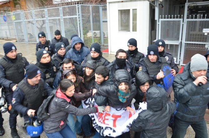 Ankara'daki BM binası önünde 9 protestocu gözaltına alındı