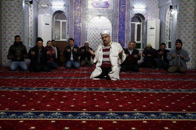 Antalya Hal Esnafından Krize Karşı Bereket Duası