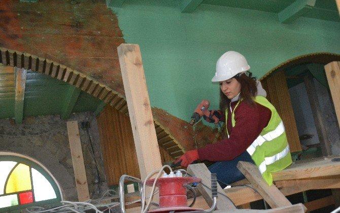 300 Yıllık Cami Restore Ediliyor