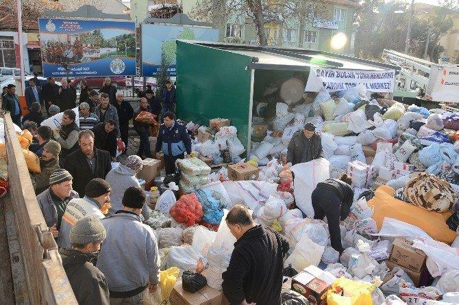 Bayır Bucak Türkmenleri İçin Yardıma Koştular