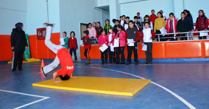 Tatvan'da yetenekli sporcu seçmelerine başlandı
