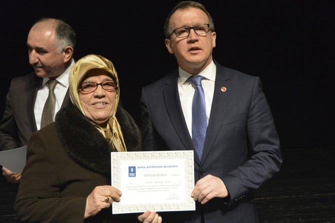 3335 ev kadını önce eğitim, sonra sertifika aldı