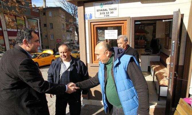 Başkanı Taşdelen, Çankaya'da yeniledikleri taksi duraklarını gezdi