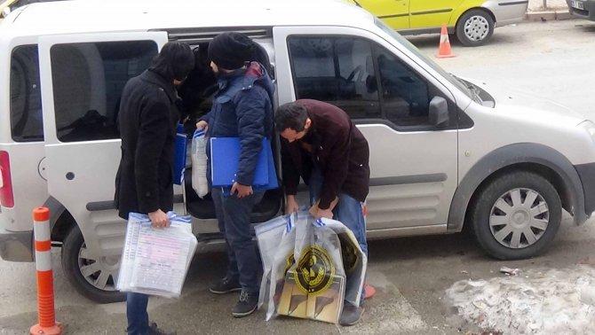 Elazığ'da gözaltına alınan 14 şüpheli adliyeye getirildi