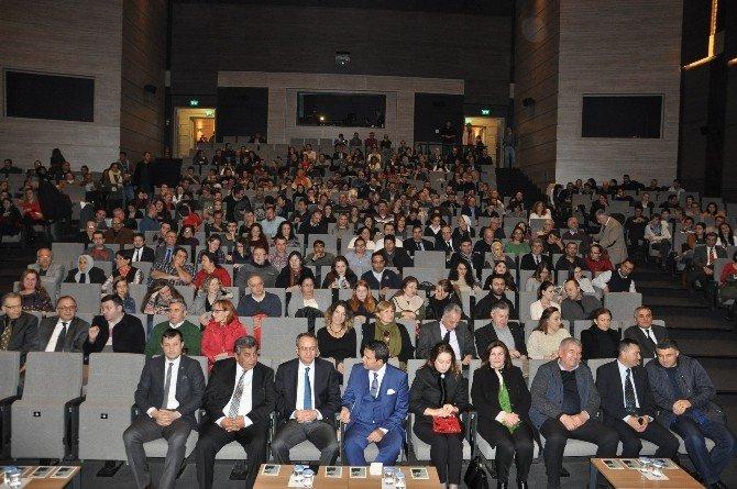 """""""Türkiye Kayası"""" Çosb'de Sahnelendi"""