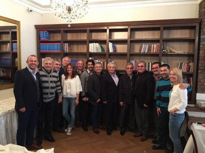 İstsider'de Yeni Yönetim Görev Bölümü Yaptı