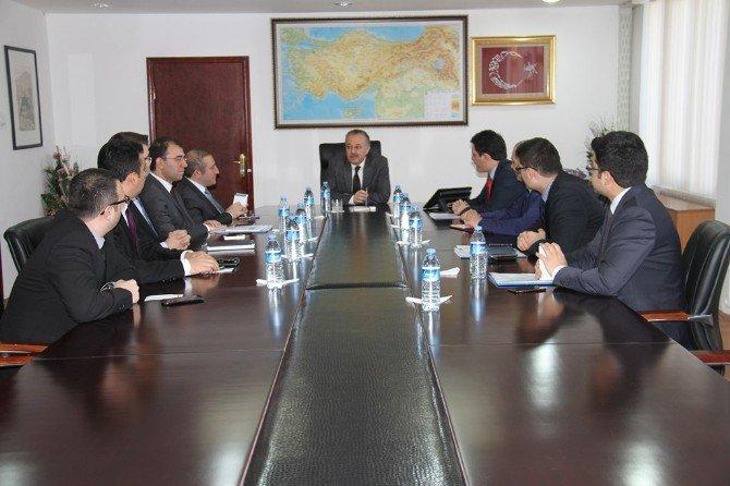 Kars'ta Kaymakamlar Toplantısı Yapıldı