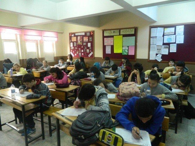 """Kenan Evren Ortaokulunda 'Başarıyı Yaşa"""" Sınavı"""