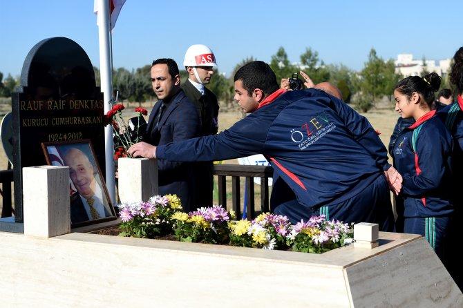 Denktaş, ölümünün 4. yıl dönümünde kabri başında devlet töreni ile anıldı