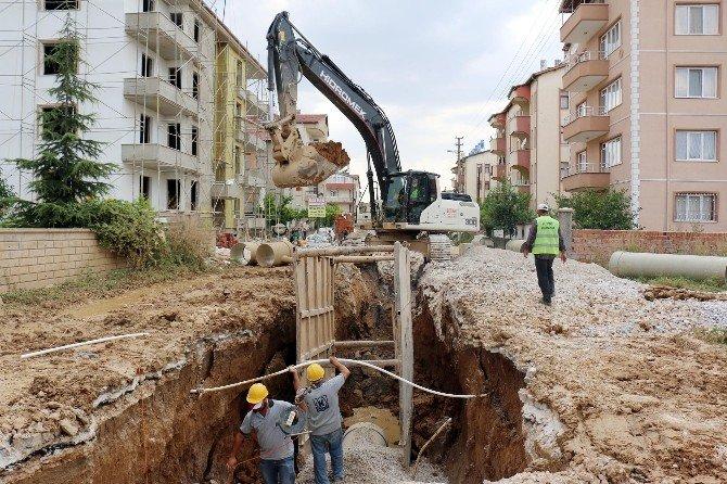 Konya'da 2015'te Bin 626 Km Su Ve Kanalizasyon Şebekesi Döşendi