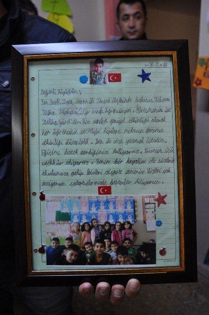 Öğrenci, Emniyet Müdürüne Mektup Yazarak Okuluna Davet Etti