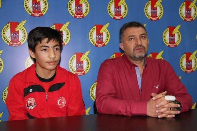 24 Erzincanspor'dan Milli Takıma Çağrıldı